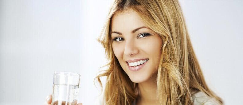 מדוע חשוב לשתות מים גם שלא חם?